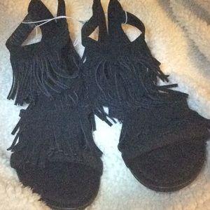 Massini Size 7 Suede Fringe Sandal Black NEW 🖤